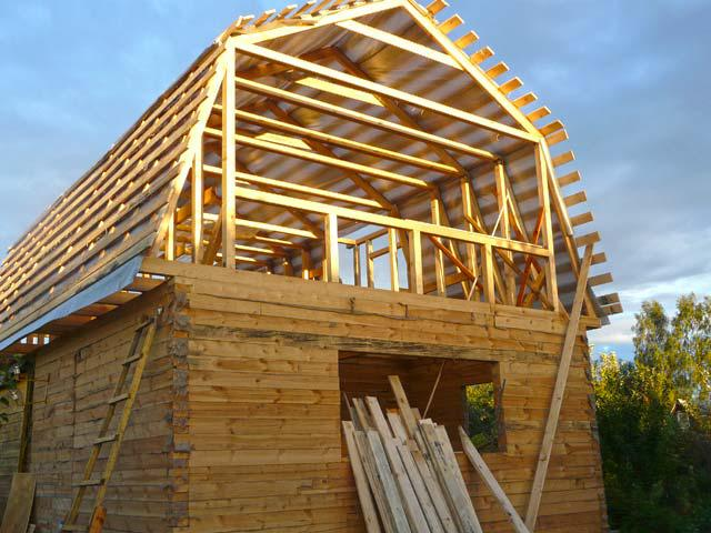 Как сделать крышу у садового домика 108